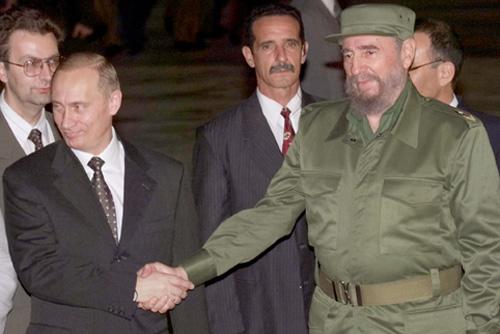 Vladimír Putin a Fidel Castro